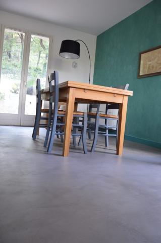 b ton cir dans une cuisine t moignage. Black Bedroom Furniture Sets. Home Design Ideas