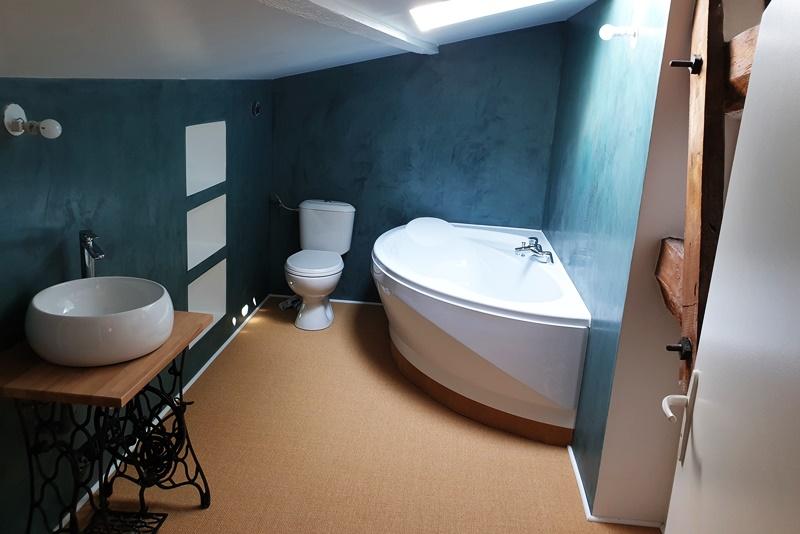 Quelle Peinture choisir pour sa salle de bain ? Conseils et avis